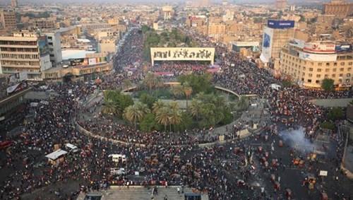 جانب من الاحتجاجات التي شهدتها عدة مدن في العراق