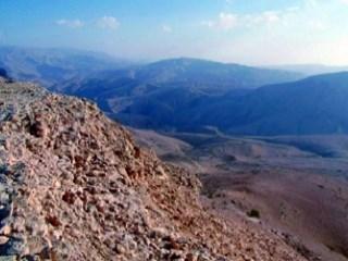 «تراث عُمان الجيولوجي» يكشف أسرار