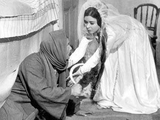 فيلم الزوجة الثانية يتبرأ من مسلسله صحيفة الاتحاد