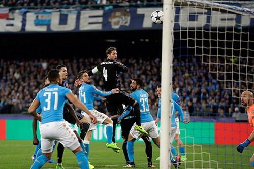ريال مدريد في مواجهة نارية امام نابولي ... حان وقت عودة واقعية لزيدان