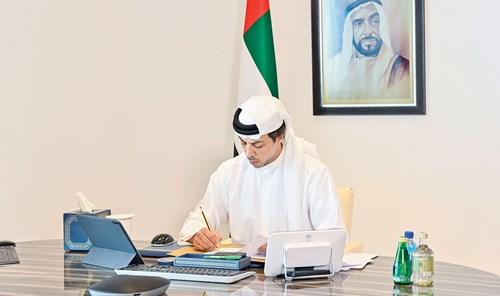 برئاسة منصور بن زايد .. اللجنة العليا لقطاع الماء والكهرباء في أبوظبي تجتمع عن بُعد