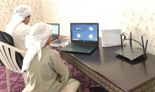 عدنان حمد الحمادي في حوار لـ «الاتحاد»: التعليم عن بُعد والتوطين يتصدران توصيات «الإشراف على المدارس»