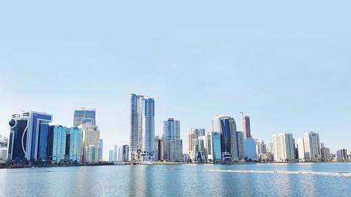 125 حافزاً أطلقتها الإمارات لتجاوز كورونا