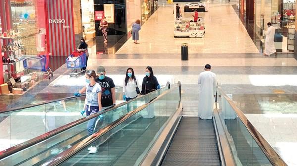 صحيفة الاتحاد  -  سكان دبي ملتزمون بالإجراءات الاحترازية