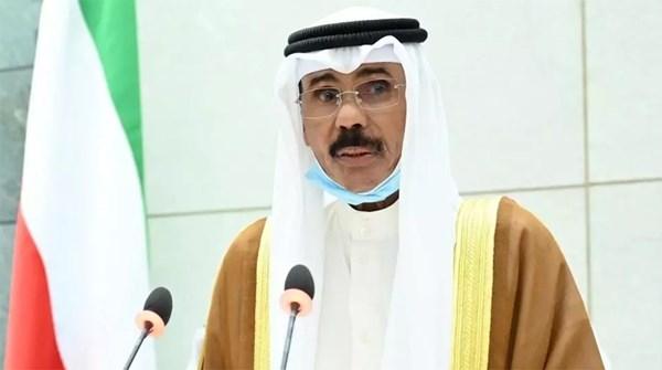 أمير الكويت يكلف صباح  الخالد بتشكيل حكومة جديدة