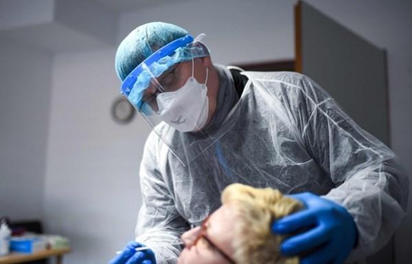 ألمانيا ترصد 3379 إصابة جديدة بكورونا و481 وفاة
