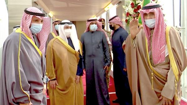 أمير الكويت يتوجه إلى أميركا لإجراء فحوص طبية «معتادة»