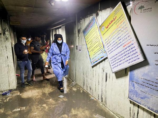 """ارتفاع كبير في حصيلة ضحايا حريق """"مستشفى كورونا"""" في العراق"""