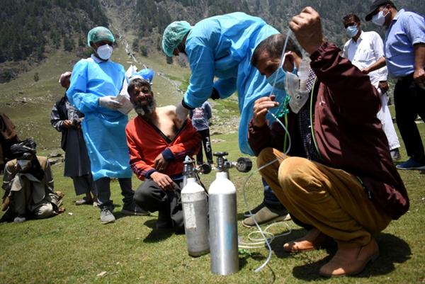 الهند تسجل 3921 حالة وفاة جديدة بكورونا