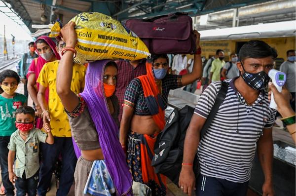 الهند تسجل 92596 حالة إصابة جديدة بكورونا